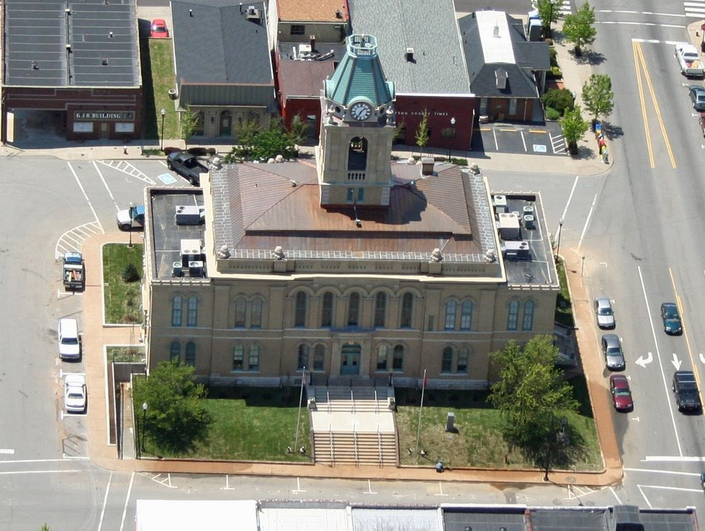 Aerial View Robertson County Courthouse